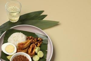 traditionell nasi lemak måltid foto