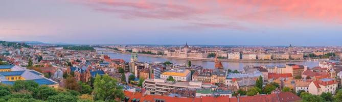 Budapests silhuett i Ungern foto