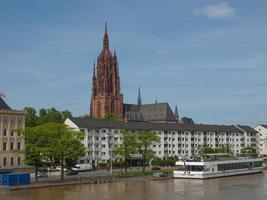 katedralen st bartholomaeus i frankfurt foto