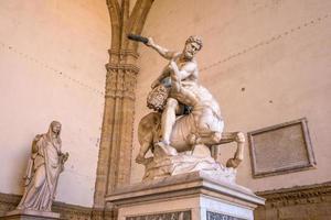 skulptur på piazza della signoria i florens foto