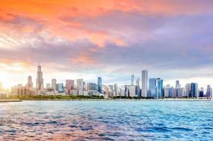 chicago city downtown skyline vid solnedgången foto