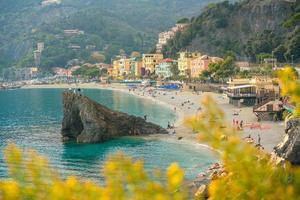 monterosso al mare, gamla kustbyar i Cinque Terre i Italien foto