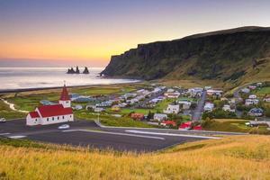 solnedgång på vik island foto