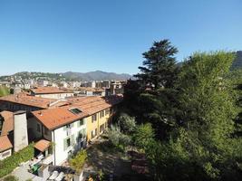 utsikt över staden como foto
