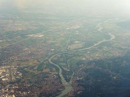 flygfoto över settimo torinese foto