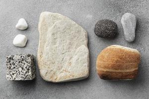 platt lägger sten samling. upplösning och vackert foto av hög kvalitet