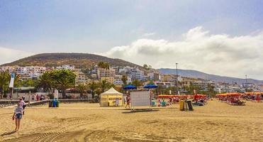 tenerife, spanien, 12 juli 2014 - människor på stranden Playa de las Vista foto