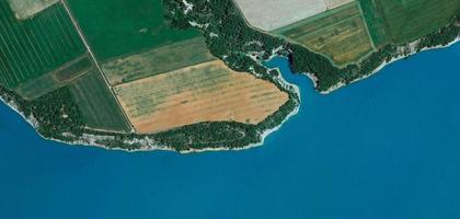 flygfoto över floden foto