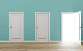 dörröppnad dörr med blå vägg foto