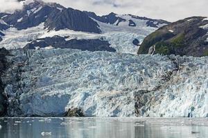 tidvattenglaciär på en solig dag foto