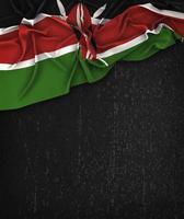 kenyas flagga tappning på en svart svart tavla med plats för text foto