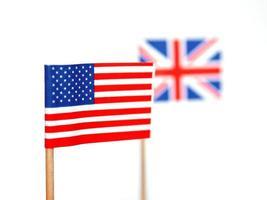 brittiska och amerikanska flaggor foto