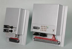 elektroniskt kort för dator och elektroniska styrenheter. foto