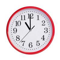 klockan elva på en rund urtavla foto