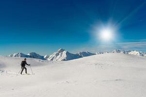 klättra på skidalpinism foto