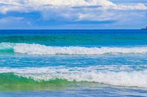 starka vågor praia lopes mendes beach ilha grande island brazil. foto