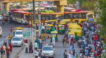 trafik i New-Delhi, Indien foto