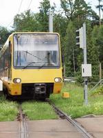 kollektivtrafik spårväg i Berlin, Tyskland foto