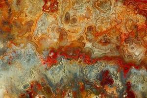 röd orange och vit vacker naturlig geode bakgrund foto