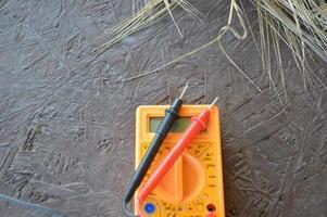 testare för mätning och reparation av elektriska apparater foto
