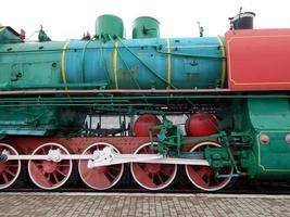 järnvägslok, vagnar i tåget foto