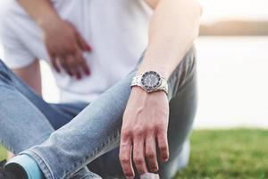 herrhand med klocka, fri stil foto