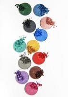diverse färger ögonskugga foto