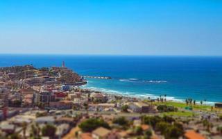 Flygfoto över södra Tel Aviv stadsdelar och gamla Jaffa foto