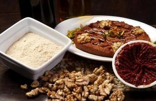 tallrik med arabisk traditionell mezza foto