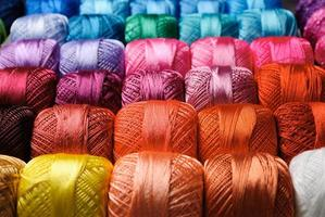 färgtrådar mönster foto