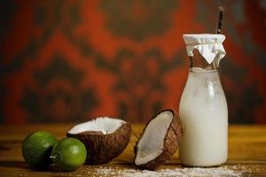 kokosnöt cocktail foto