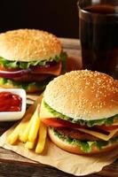 färsk hamburgare