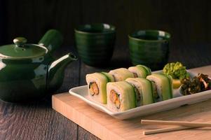 japansk skaldjur vegetarisk sushi foto