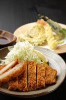tonkatsu och tenpura foto