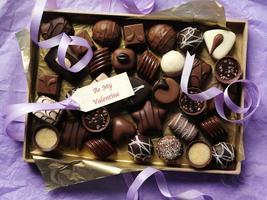 choklad för alla hjärtans dag foto