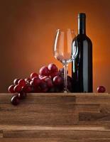 druva och rött vin foto