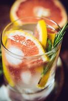 sommar hälsosam dryck foto