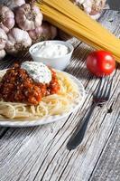 spaghetti med tomatsås.