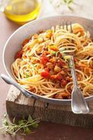matlagning italiensk pasta spagetti bolognese foto