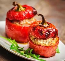 bakad peppar med kött foto