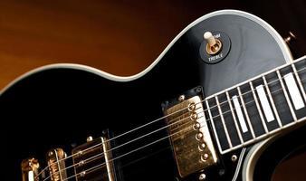 klassisk rock and roll gitarr. foto