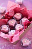 hemlagad chokladgodis foto