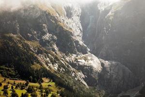 bergslandskap runt grindelwald, Schweiz foto