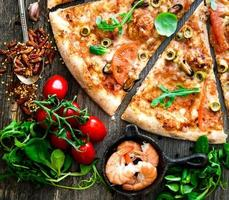 skaldjur pizza foto