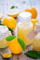 färska citroner foto