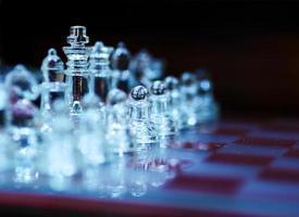 schackuppsättning foto