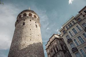 galatatorn och gamla byggnader foto