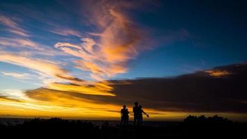 solnedgång silhuett foto