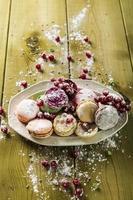macarons macaroons med pulversocker foto