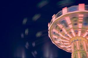 Tyskland, hamburg, karusell på natten foto